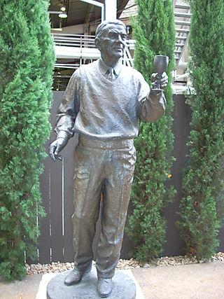 Tchelistcheff Statue Beaulieu Winery